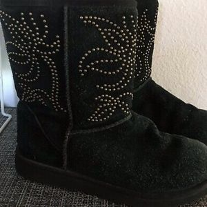 Ugg Boots Womens Black Suede W Metal Stud in Flora